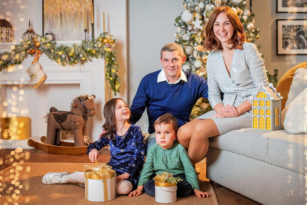 Семейное фото семьи Зворыгиных